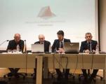 El Decano de Granada imparte una ponencia sobre